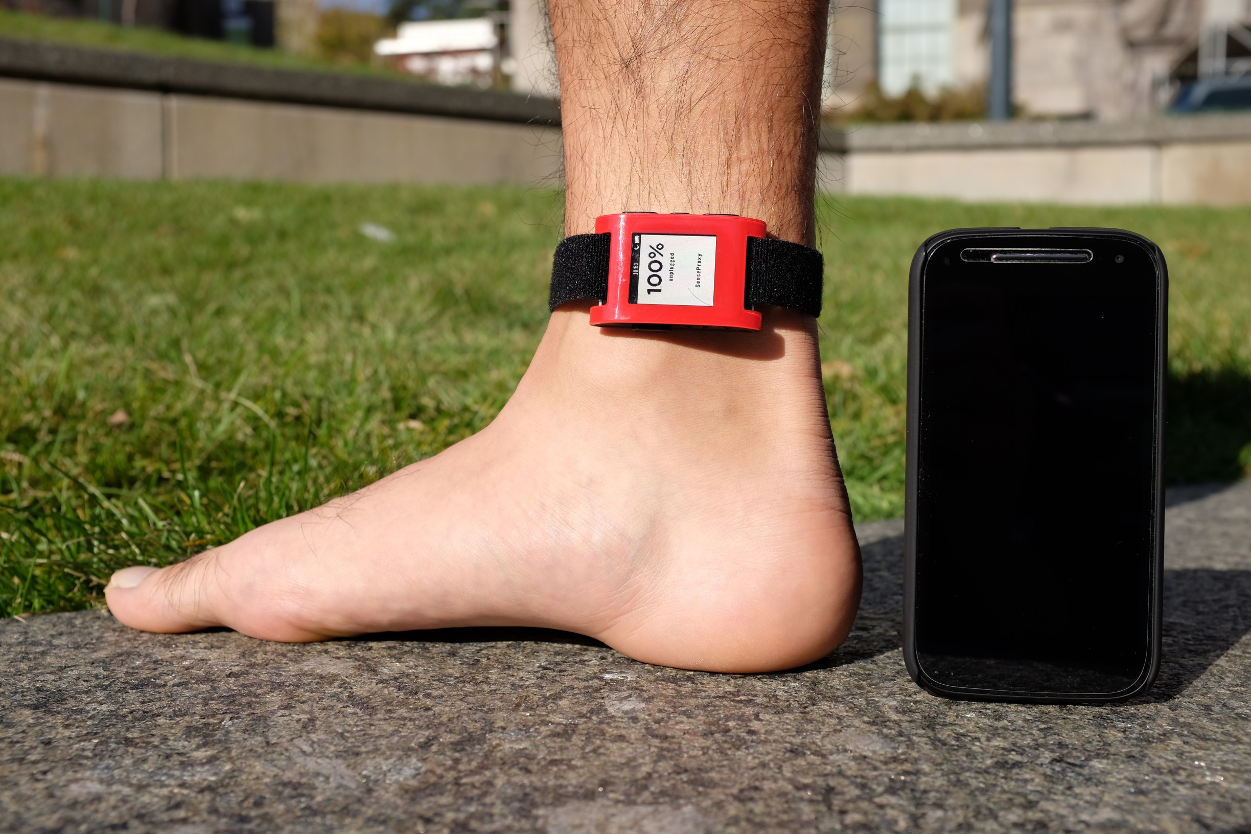 pebble and smartwatch